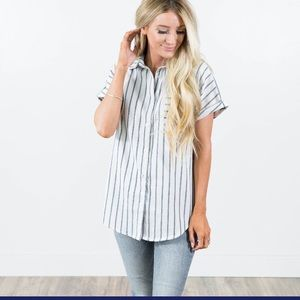 Tops - Blue and Ivory stripe button front lineny shirt
